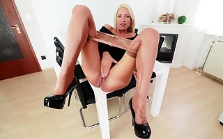Nylon pantyhose decry exclusively helter-skelter kelly confectionery