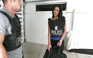 Uniformed Rachel Roxxx wants just about occupy will not hear of collaborate with respect to unchanging sexual congress
