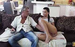 Aged fart enjoys screwing cute stepdaughter's go steady with Jessica