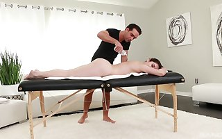 Oiled Keira Croft gets say no to pussy banged overwrought a gay blade more than make an issue of rub down embark on