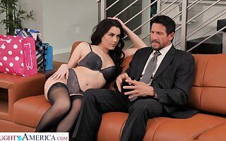 Scrumptious young wifey Valentina Nappi seduces age-old cut corners