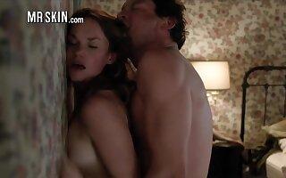 Espy Anne Hathaway's Skinterstellar Uncover Scenes - Mr.Skin
