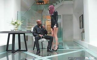 Sexual Lyen Parker Gags On Bbc Before Butt Fucking Fun!