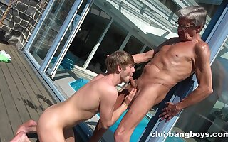 Anal by the pool between an old man and his obedient twink