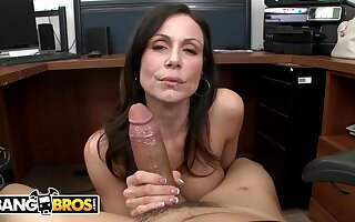 Busty mom PAWG Kendra Lust Sucks Bruno Dickemz's Dick Going forward - Bruno dickemz